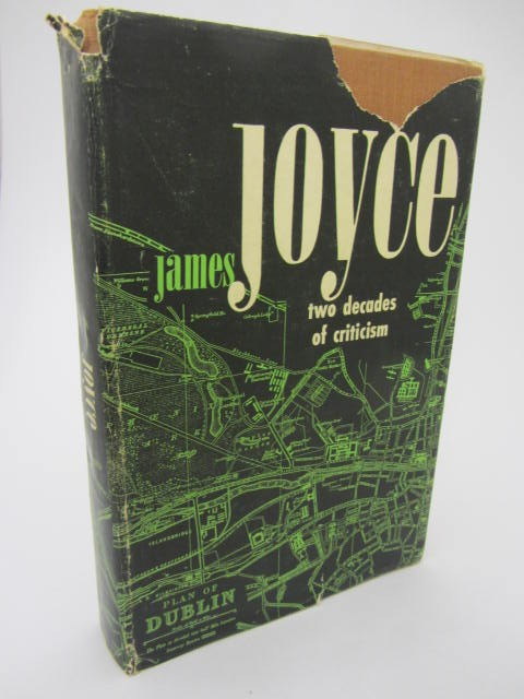James Joyce: Two Decades of Criticism. by James Joyce  [Seon Givens]