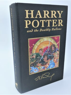 Harry Potter and the Deathly Hallows. Deluxe Edition (2007) by J.K. Rowling