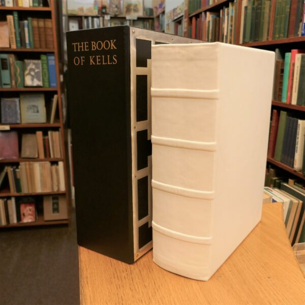 The Book of Kells. Fine Art Facsimile (1990) by